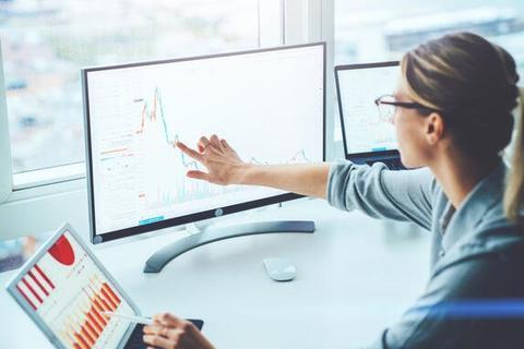 【もしもIT資産管理ソフトがあったなら:第3話】毎朝、IT資産の健康状態を簡単にチェック!